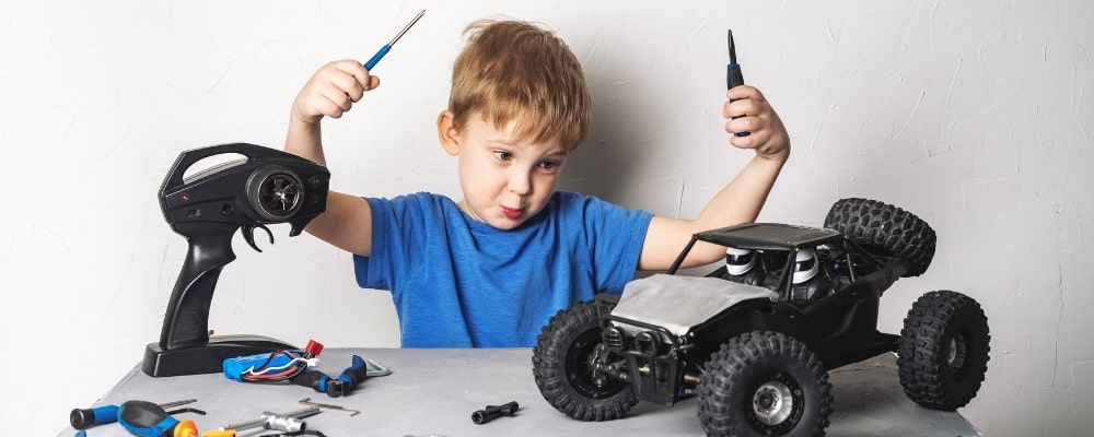 Should you choose a kit, an almost ready to run, or a ready to run RC Car?